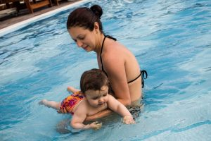 swimming lessons for toddlers making waves swimming